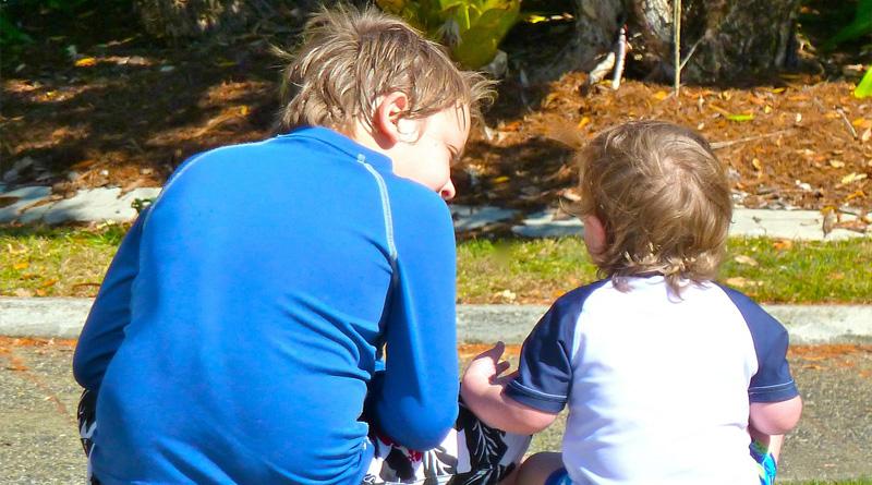 как научить ребенка уважать других